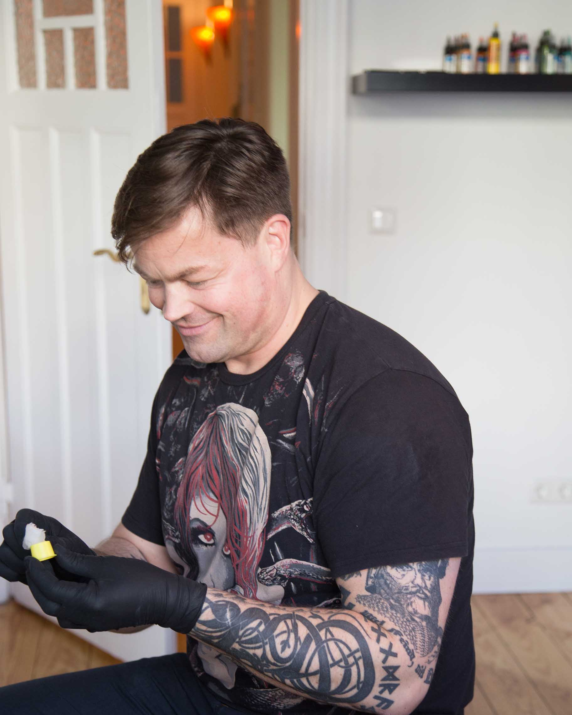 Hakuna Ma Tattoo | Tattoostudio Hamburg | Piercingstudio Hamburg