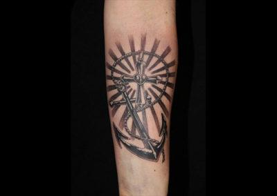 Tattoo Anker Kreuz